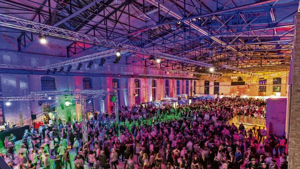 Ü30-Party am 4. November in der Groß Ilseder Gebläsehalle