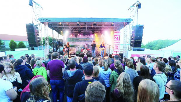Wolfsburg: Jupiter Jones rocken das Sommerfest