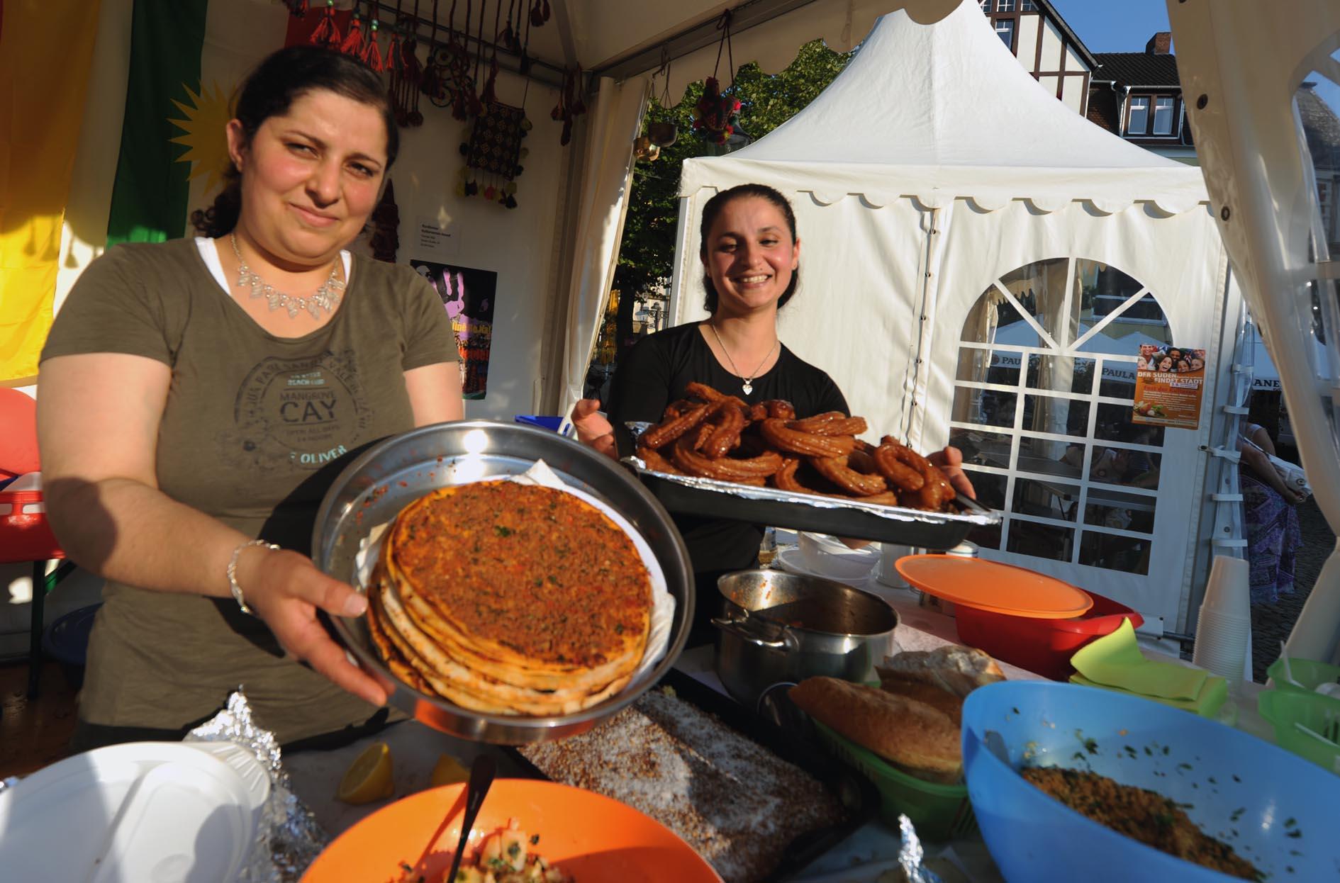 Peiner Fest der Kulturen in bewegter Zeit - Hallo Wochenende